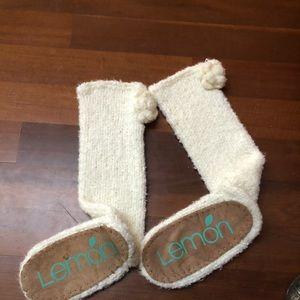 Lemon slipper socks
